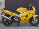 Honda VFR800Fi 1999 - желтый